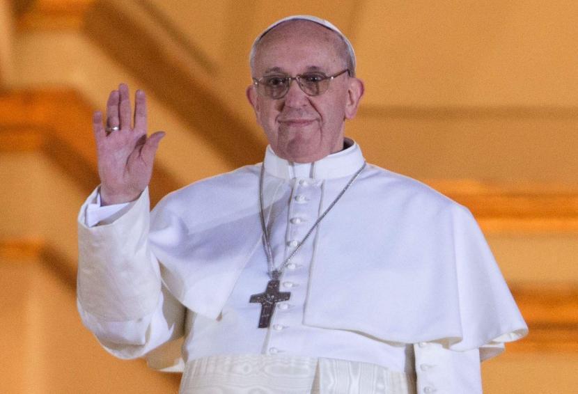 >>>ANSA/ PAPA: 'POPOLO PREGHI DIO DI BENEDIRMI'